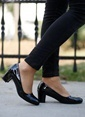 İnce Topuk Topuklu Ayakkabı Siyah
